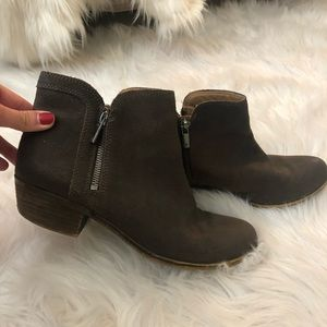Lucky brand brown booties!